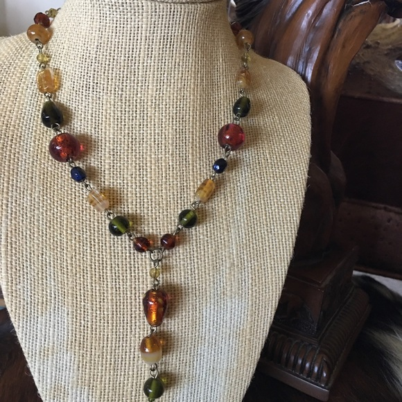 Jewelry - Necklace w drop in fall colors